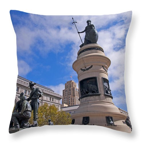 San Francisco Throw Pillow featuring the photograph The 49ers Memorial by Brenda Kean