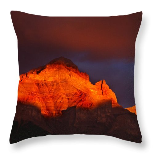 Mountains Throw Pillow featuring the photograph The Brilliance Of Light Mount Rundle Banff by Bob Christopher
