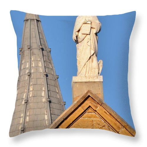 Boise Throw Pillow featuring the photograph The Cross by Image Takers Photography LLC - Laura Morgan and Carol Haddon
