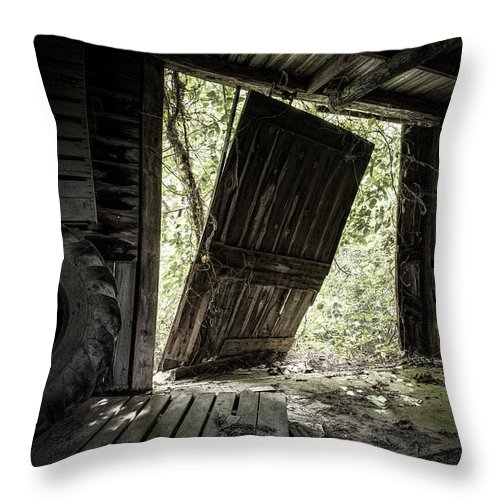 Abandoned Throw Pillow featuring the photograph The Crowd Gathers Outside - Abandoned Apple Barn by Gary Heller