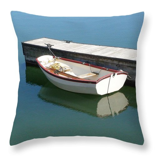 Dingy Throw Pillow featuring the photograph The Dingy by Thomas Young