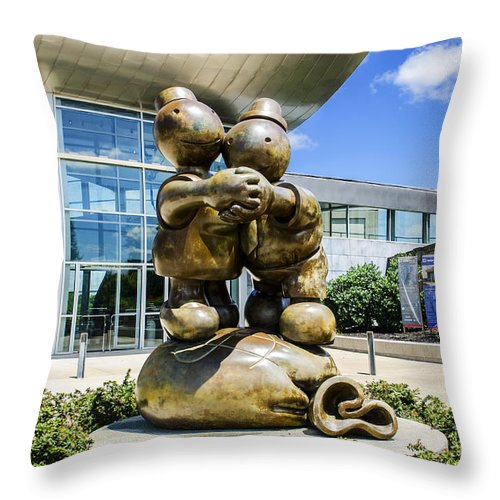 Free Money Throw Pillow featuring the photograph The Free Money Dance by Paul Mashburn