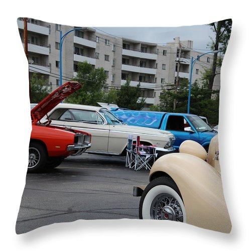 Throw Pillow featuring the photograph The General Lee by R A W M
