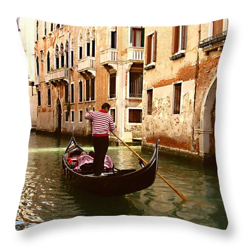 The Gondolier Throw Pillow featuring the photograph The Gondolier by Ellen Henneke