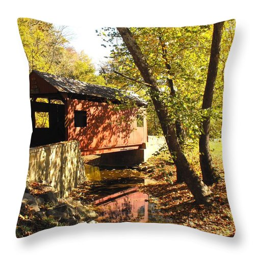 Covered Bridge Throw Pillow featuring the photograph The Henry Bridge 2 by Spencer McKain