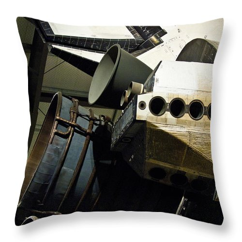 Space Shuttle Endeavour Throw Pillow featuring the photograph The Space Shuttle Endeavour At Its Final Destination 26 by Micah May