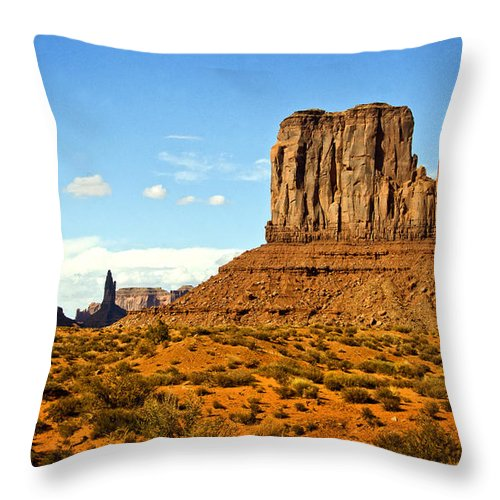 Monument Valley Throw Pillow featuring the photograph The West Mitten by Saija Lehtonen