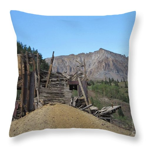 Ghost Towns Throw Pillow featuring the photograph Tomboy History by Tonya Hance
