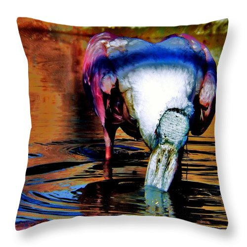 Water Birds Throw Pillow featuring the photograph Toupee by Faith Williams