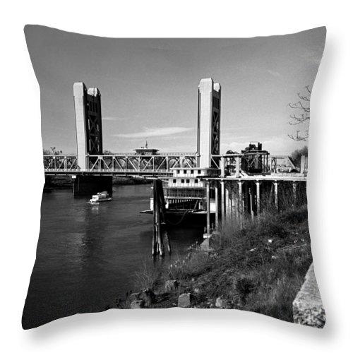 Tower Bridge Throw Pillow featuring the photograph Tower Bridge Sacramento by Lee Santa