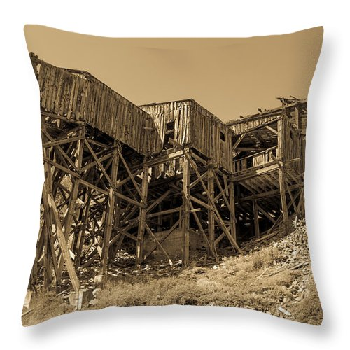 Terminal Throw Pillow featuring the photograph Tramway Headhouse by Robert Bales