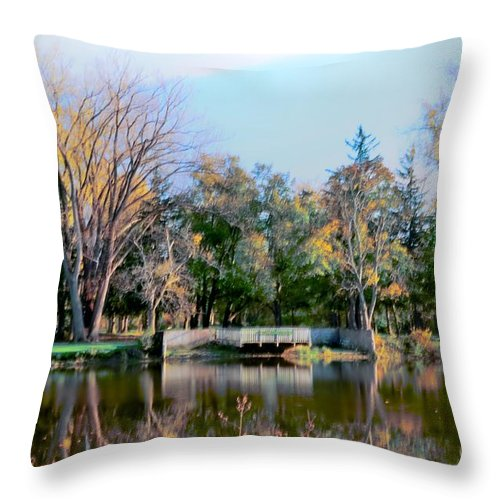 Como Throw Pillow featuring the photograph Tranquil by Kathleen Struckle