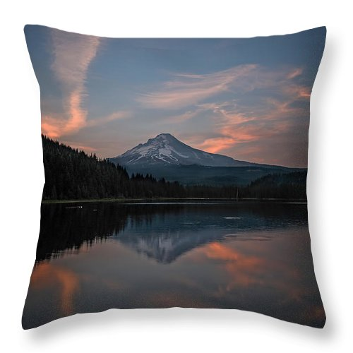 Trillium Twilight Throw Pillow featuring the photograph Trillium Twilight by Wes and Dotty Weber