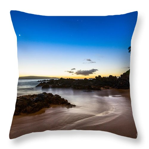 Secret Beach Throw Pillow featuring the photograph Twilight Beach - Beautiful And Secluded Secret Beach In Maui. by Jamie Pham
