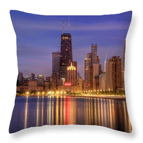 Chicago Throw Pillow featuring the photograph Twilight Reflected by Lindley Johnson