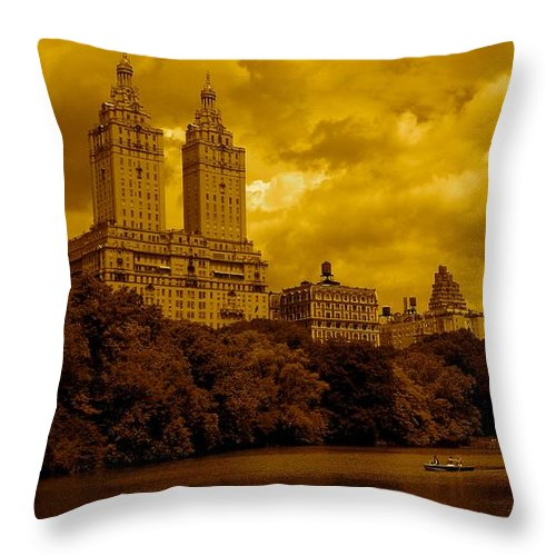 Iphone Cover Cases Throw Pillow featuring the photograph Upper West Side And Central Park by Monique's Fine Art