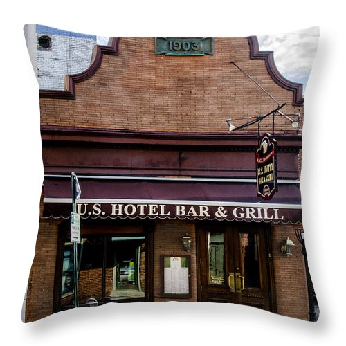Hotel Throw Pillow featuring the photograph Us Hotel Bar And Grill - Manayunk by Bill Cannon