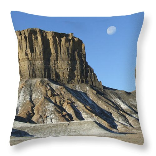 Desert Throw Pillow featuring the photograph Utah Outback 41 Panoramic by Mike McGlothlen