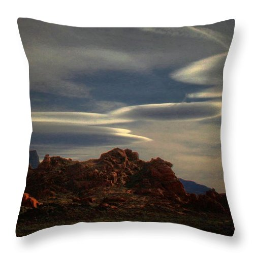 Canyon Throw Pillow featuring the photograph Valley Of Fire by Robert McCubbin