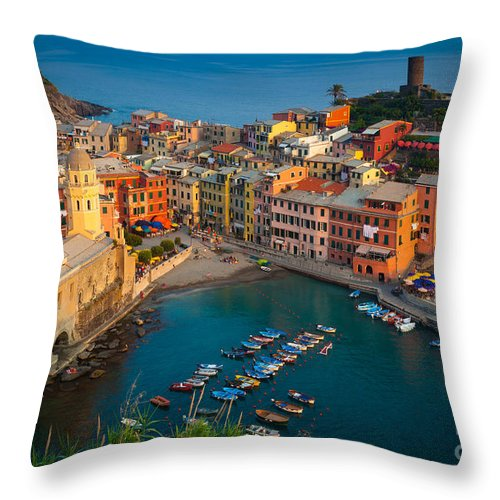 Cinque Terre Throw Pillow featuring the photograph Vernazza Pomeriggio by Inge Johnsson