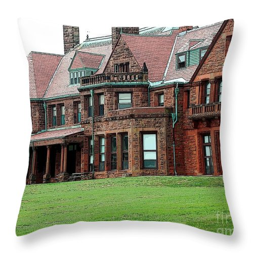 Villa Throw Pillow featuring the photograph Villa by Kathleen Struckle