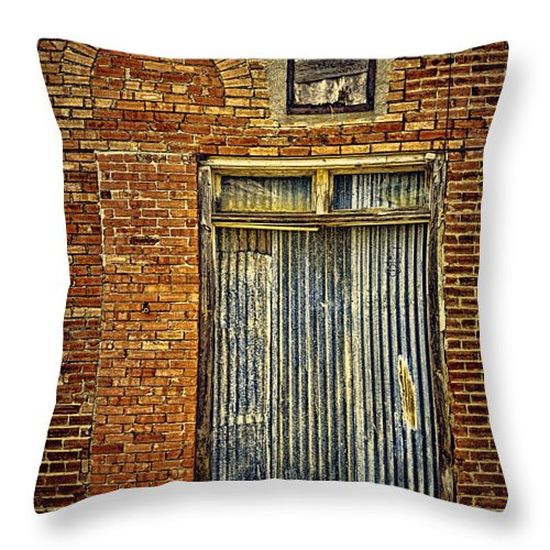 Mclean Throw Pillow featuring the photograph Vintage Route 66 by Priscilla Burgers