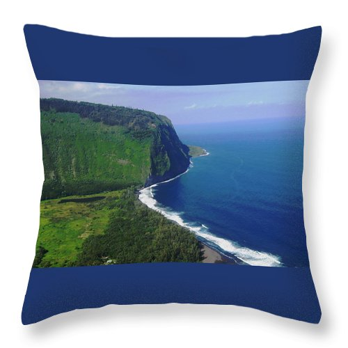 Ocean Throw Pillow featuring the photograph Waipio Valley by Pamela Walton