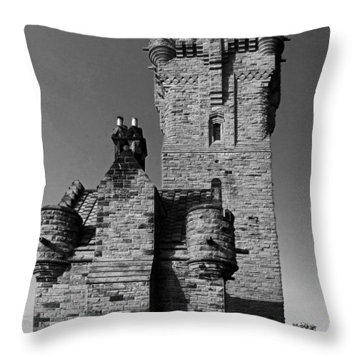 Wallace Monument Throw Pillow featuring the photograph Wallace Monument Monochrome by John Topman