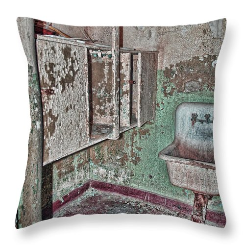 Bathroom Throw Pillow featuring the digital art Wash-up by Anita Hubbard