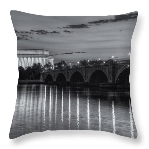 Clarence Holmes Throw Pillow featuring the photograph Washington Landmarks At Dawn II by Clarence Holmes