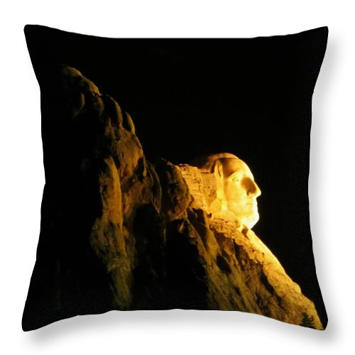 Mount Rushmore At Night Art Throw Pillow featuring the photograph Washingtons Profile At Night by John Malone