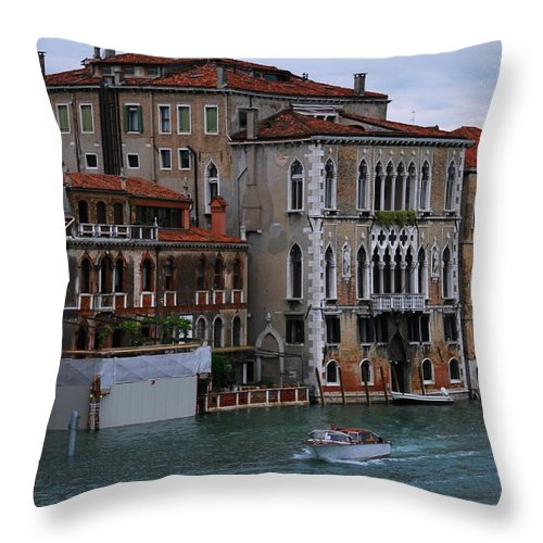 Building Throw Pillow featuring the photograph Water Taxi In Venice by Richard Booth