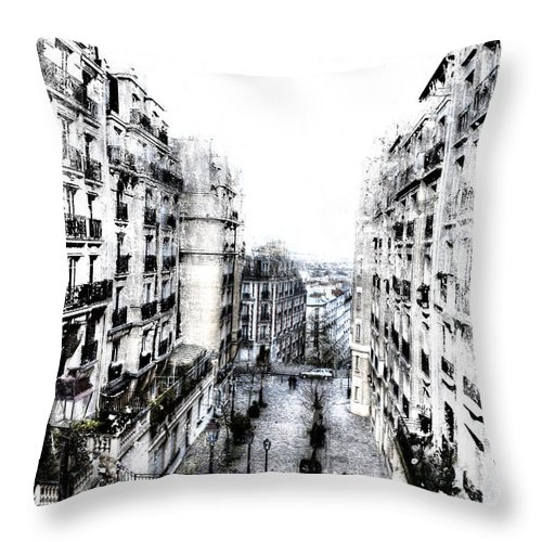 Evie Throw Pillow featuring the photograph Watercolor Montmartre by Evie Carrier