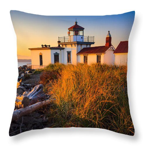 America Throw Pillow featuring the photograph West Point Lighthouse by Inge Johnsson