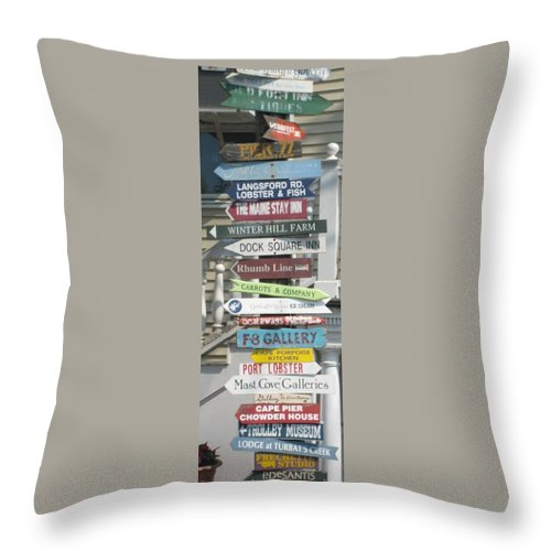 Americana Throw Pillow featuring the photograph Which Way by Melissa McCrann