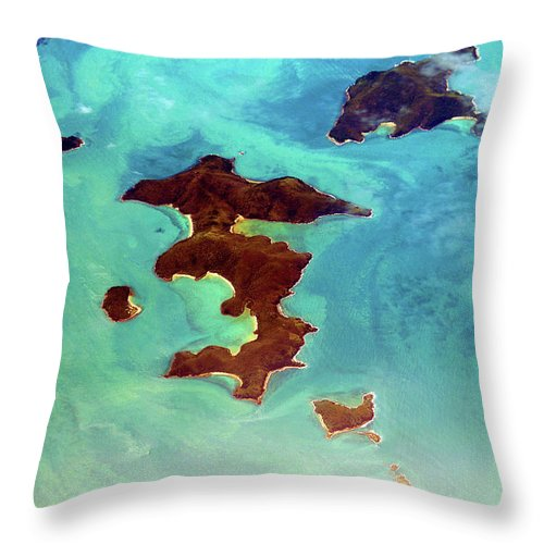 Scenics Throw Pillow featuring the photograph Whitsunday Islands by Photography By Mangiwau