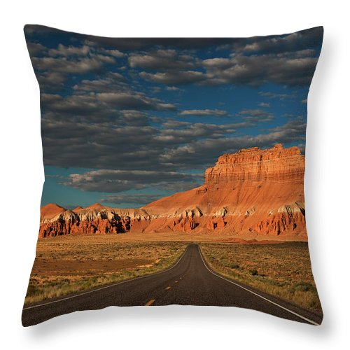 North America Throw Pillow featuring the photograph Wild Horse Butte And Road Goblin Valley Utah by Dave Welling