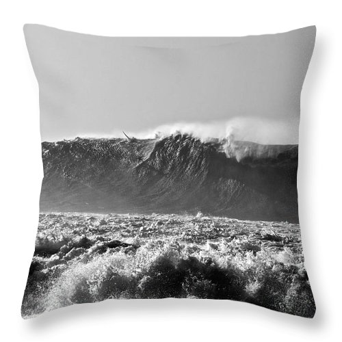 Surf Throw Pillow featuring the photograph Winning Wave by Keith Harkin