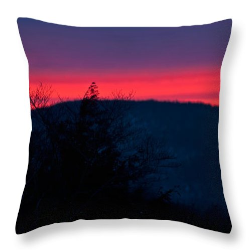 white Mountains Of New Hampshire Throw Pillow featuring the photograph Winter Dusk by Paul Mangold
