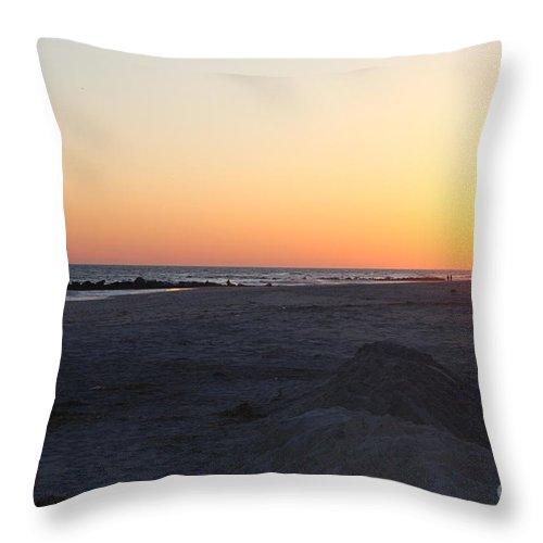 Winter Sunset On Long Beach Throw Pillow featuring the photograph Winter Sunset On Long Beach by John Telfer
