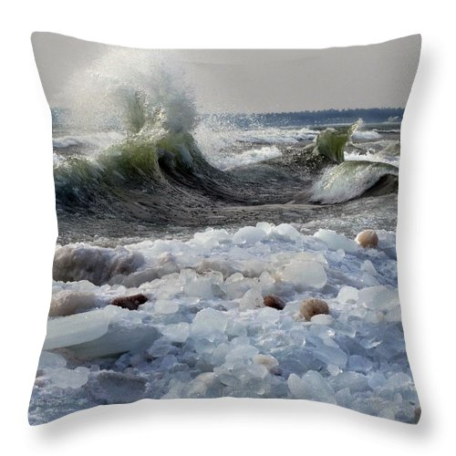 Lake Michigan Throw Pillow featuring the photograph Winter Waves At Whitefish Dunes by David T Wilkinson
