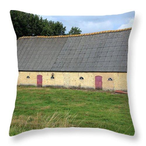 Barn Throw Pillow featuring the photograph Yellow Brick Barn by Aidan Moran