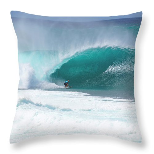Surfing Throw Pillow featuring the photograph Banzai Pipeline Pro by Kevin Smith