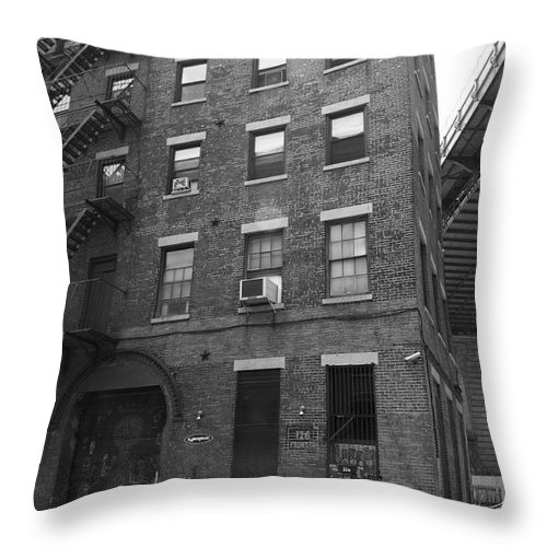 Apartments Throw Pillow featuring the photograph Brooklyn New York - 126 Front Street by Frank Romeo