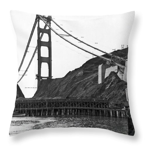 B And W Throw Pillow featuring the photograph Golden Gate Bridge Work by Underwood Archives