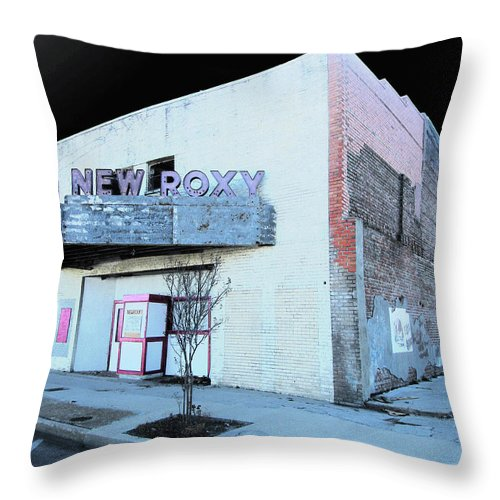 New Roxy Throw Pillow featuring the photograph New Roxy Clarksdale Ms by Lizi Beard-Ward