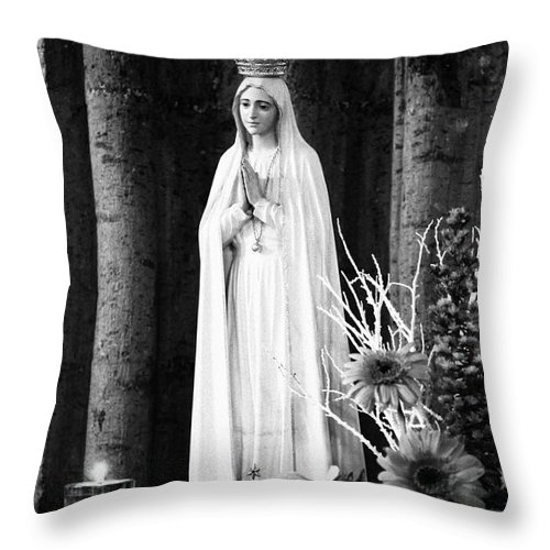 Mary Throw Pillow featuring the photograph Our Lady Of Fatima by Gaspar Avila