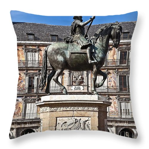 King Philip Iii Throw Pillow featuring the photograph Plaza Mayor by John Greim