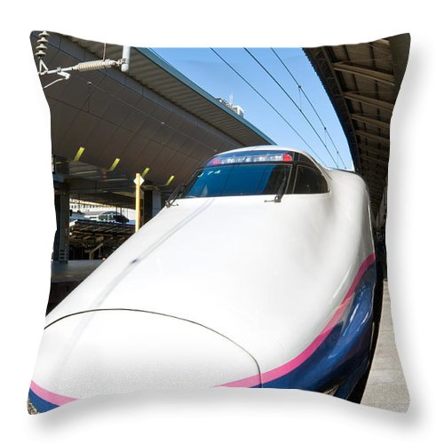 Arrival Throw Pillow featuring the photograph Shinkansen At Tokyo Station by U Schade