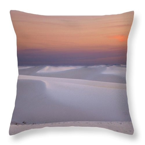 New Mexico Throw Pillow featuring the photograph Sunset At White Sands by Sean Wray